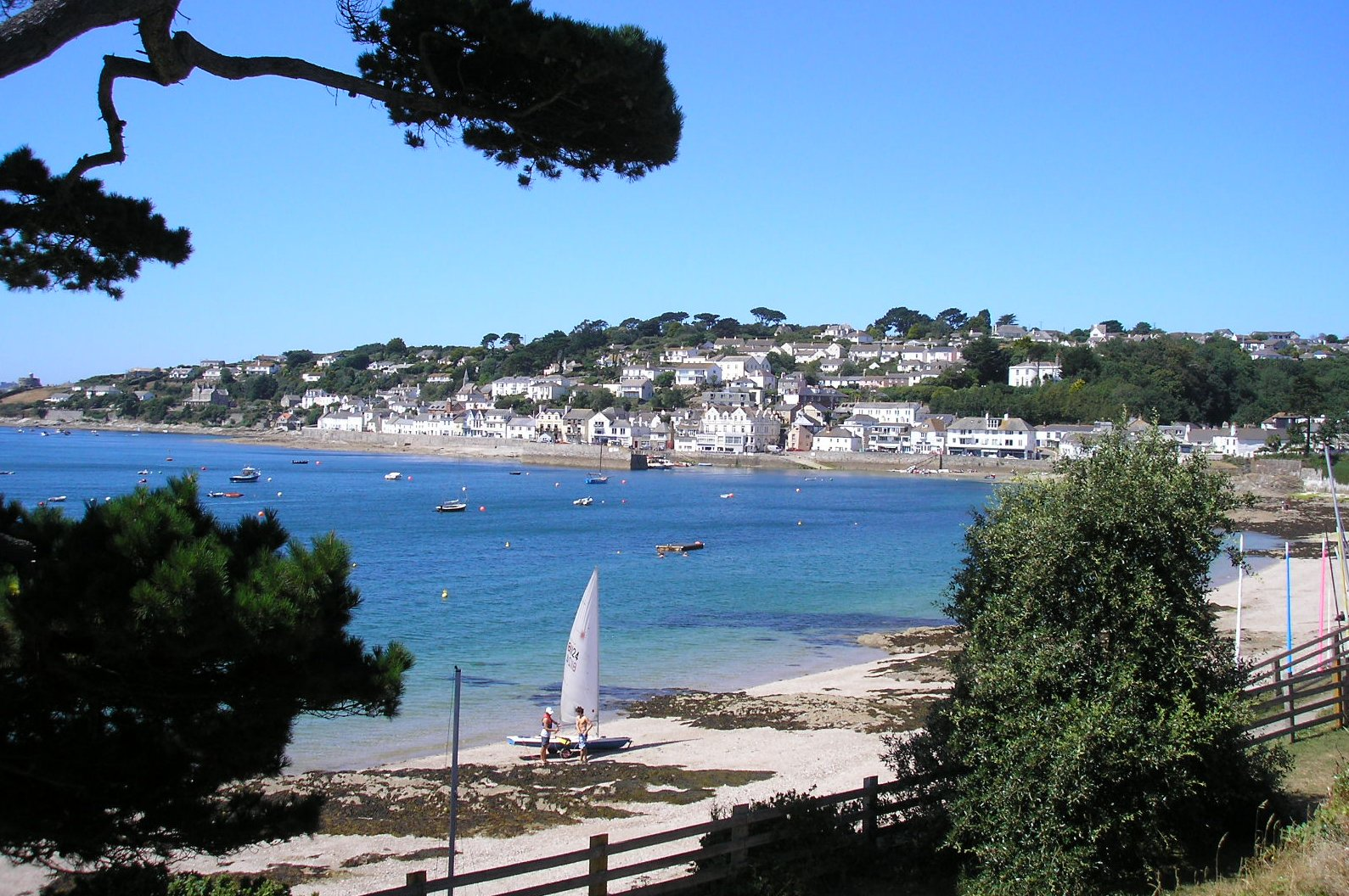 Cosy self catering holiday cottage in St. Mawes, Cornwall